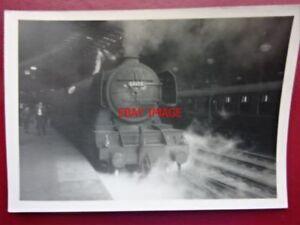 PHOTO  LNER CLASS A1 LOCO NO 60106 FLYING FOX - Tadley, United Kingdom - PHOTO  LNER CLASS A1 LOCO NO 60106 FLYING FOX - Tadley, United Kingdom