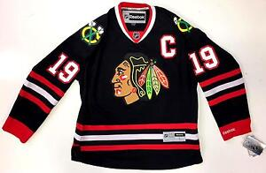 Image is loading JONATHAN-TOEWS-CHICAGO-BLACKHAWKS-BLACK-REEBOK-PREMIER- JERSEY- 9f7d72d2e