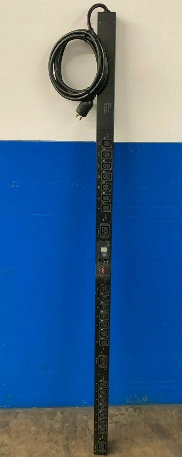 APC AP7940 Switched Rack PDU 20A 200//208V Power Strip TESTED