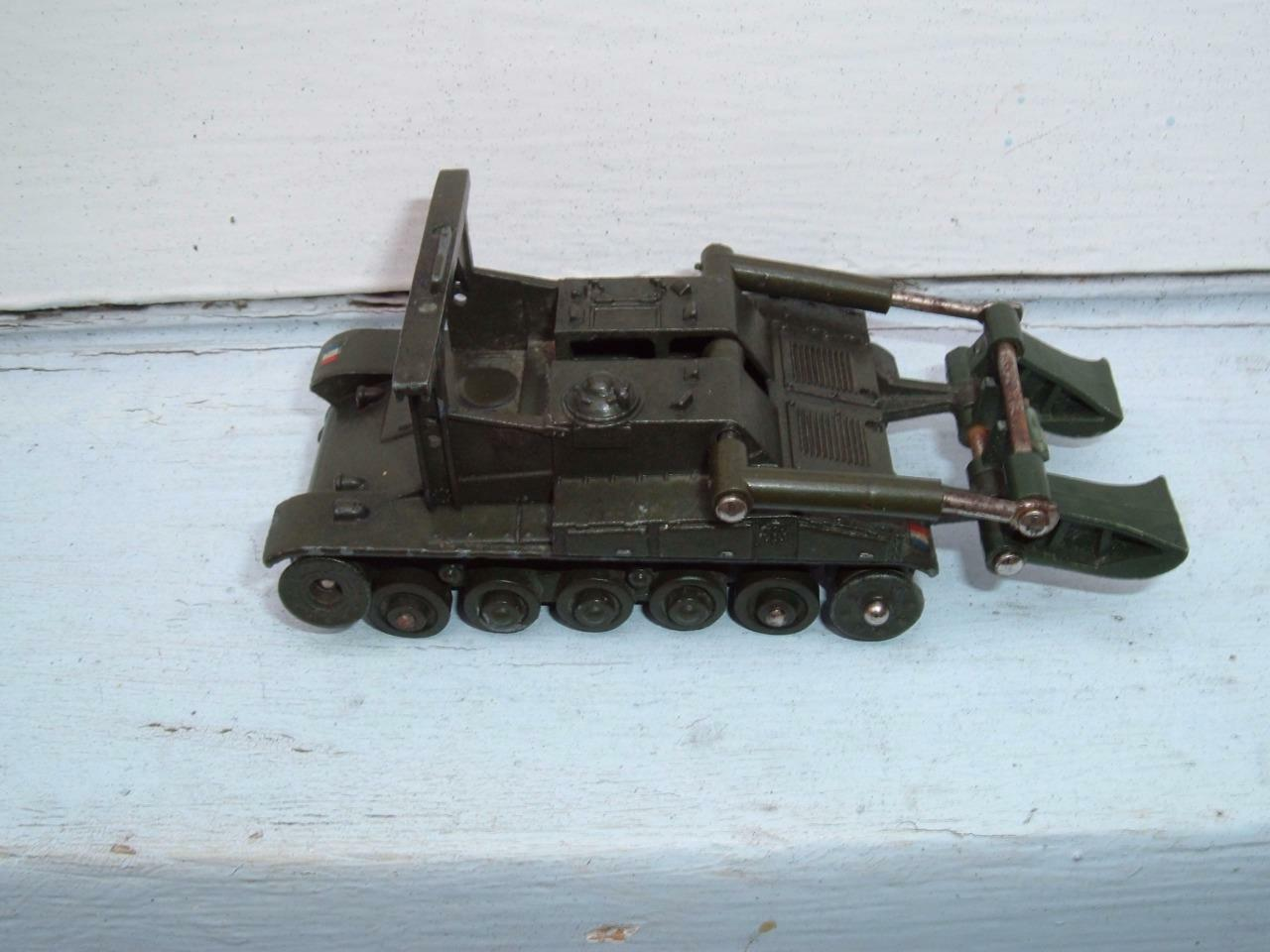 DINKY TOYS FRANCE 883 CHAR AMX PONTOON BRIDGE LAYER NEEDING RESTORATION