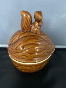 Vintage Ceramic Squirrel Walnut Nut/Cookie/Candy Bowl Canister With Lid