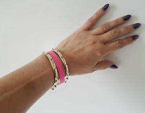 Gorgeous-set-of-the-gold-tone-amp-hot-pink-metal-bangles-SALE