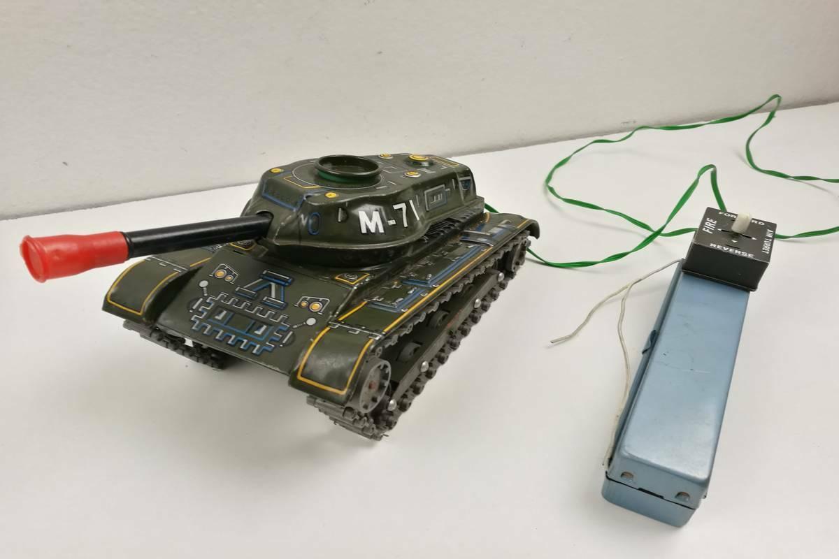 ARMY TANK TANK TANK M-71 Modern Toys Japan - Anni '60 Carro Armato Old tin fb9b96