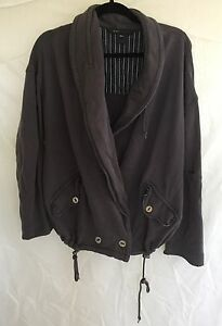 Marc-Jacob-Sz-M-L-Women-039-s-Distressed-Gray-High-Low-Sweater-Jacket