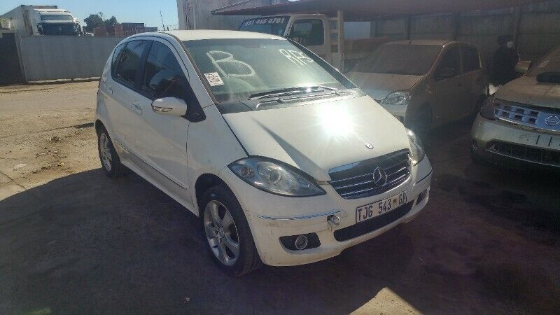 MERCEDES A180 NOW STRIPPING FOR SPARES !!!