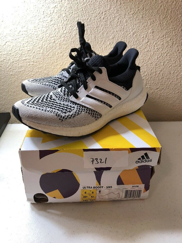Pre-owned Pre-owned Pre-owned SNS x Adidas Consortium Ultra Boost 1.0 Tee Time Größe 6.5 AF5756 5d89c4