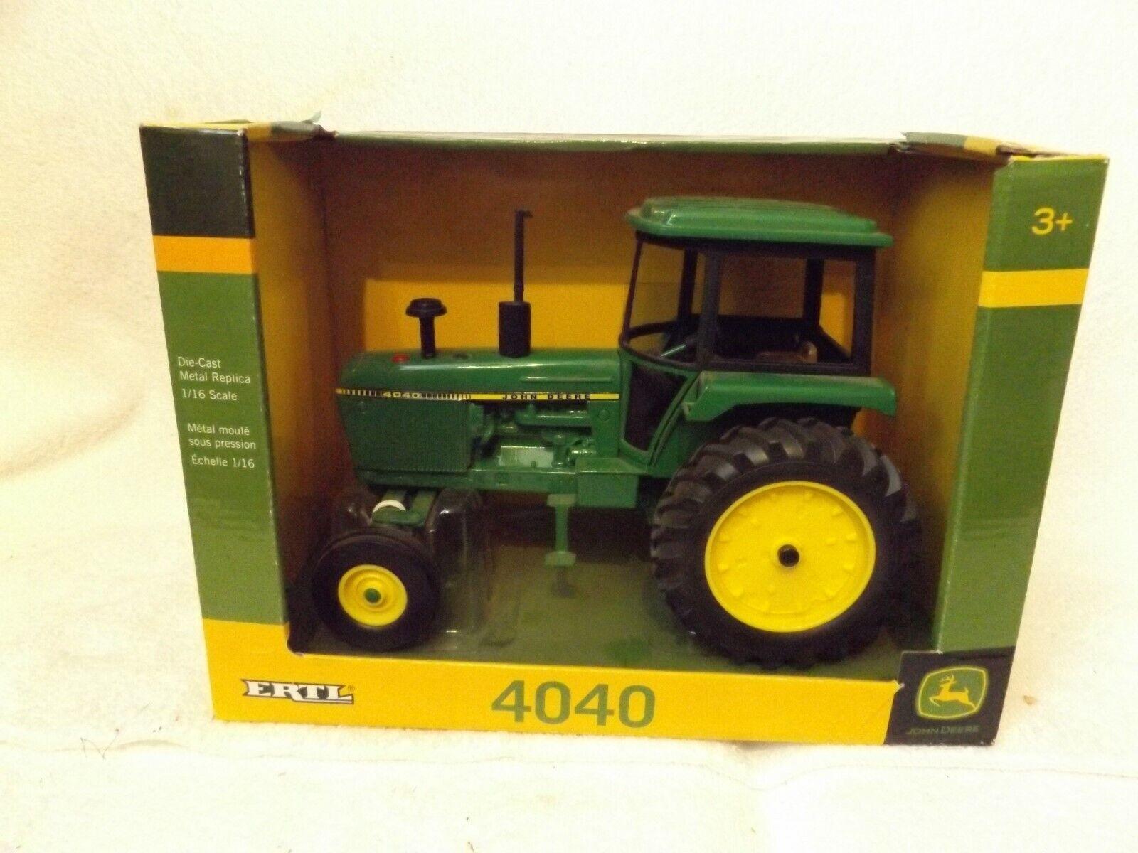 Vintage ERTL Farm Toy --  JOHN DEERE 4040 tracteur -- 10  Long -- nouveau in box -- Très belle  prix les plus bas