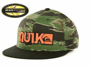 b9da64cbf41 Quiksilver Men Hat Cap 210 FlexFit Fitted Black Camo S M US Hat 6 7 ...
