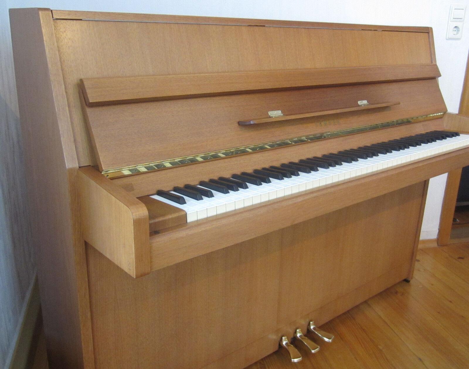 Klavier Yamaha M1J sehr gepflegt wenig bespielt Mechanik und Hammerköpfe top