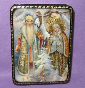 Lacquer-box-Father-FROST-MOROZ-SNOW-MAIDEN-Russian-GICLEE-PALEKH-CHRISTMAS-GIFT