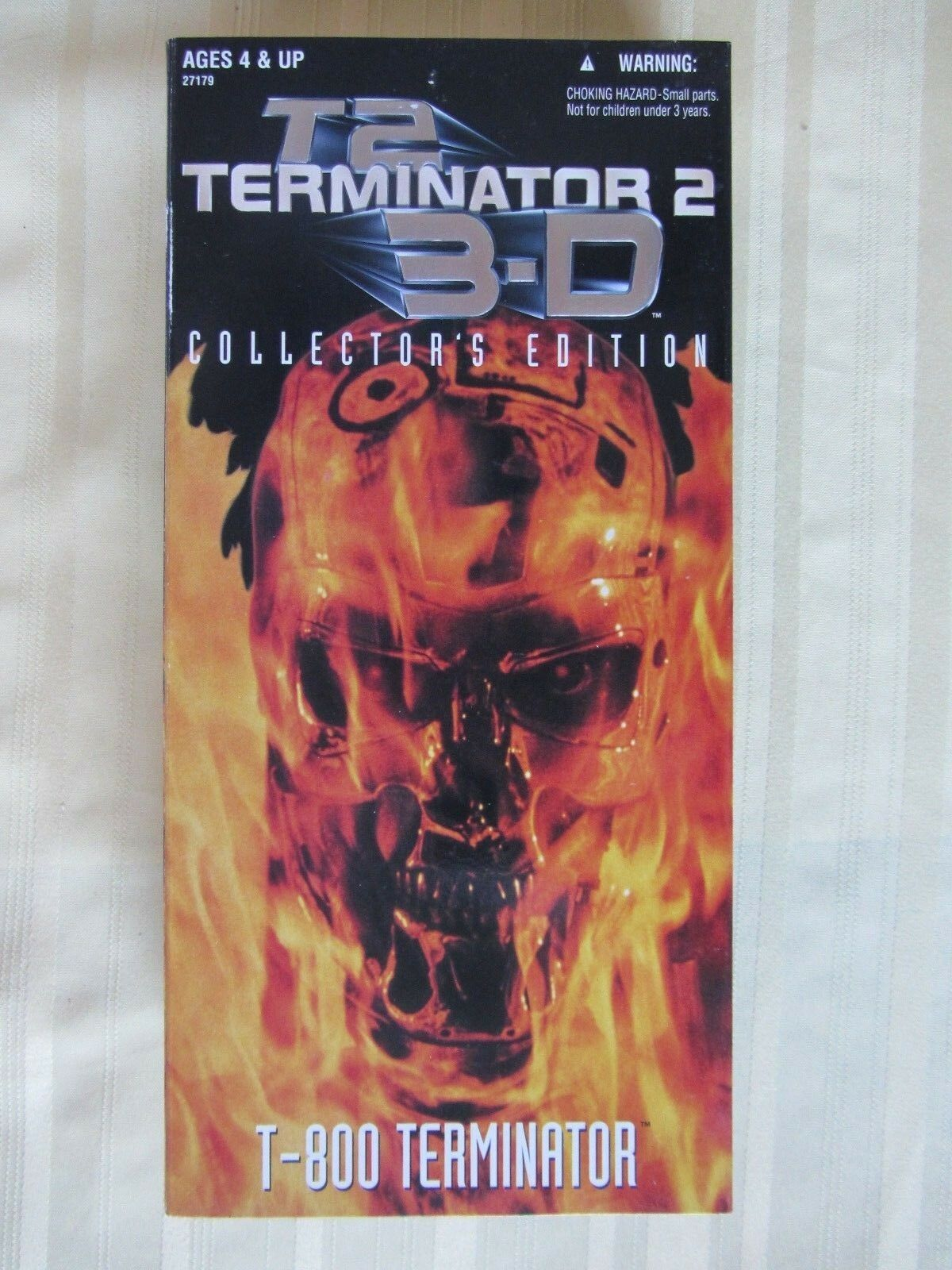 Terminator 2 Judgement Day Day Day T-800 12 inch 3-D Collector's Edition New in Box 1997 711df2