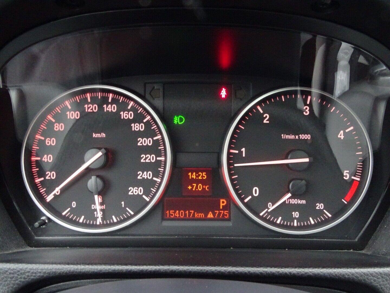 BMW 320d 2,0 Touring Steptr. - billede 9