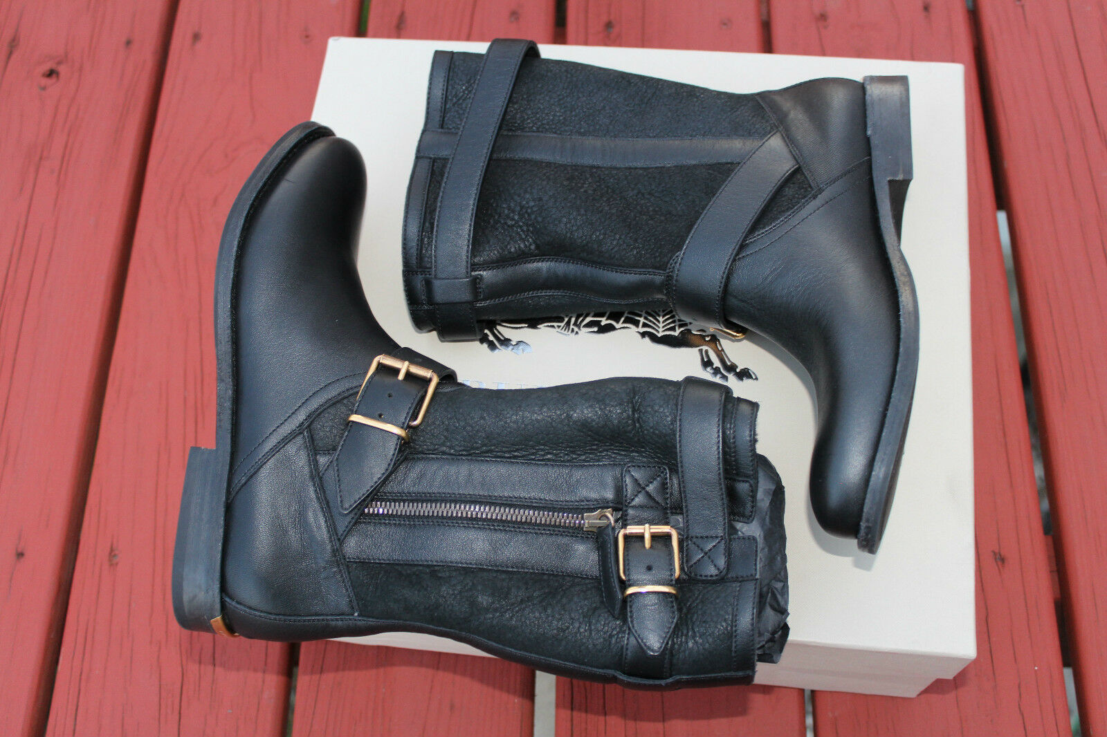 BURBERRY GRANTVILLE BLACK 1 LEATHER  6us  895