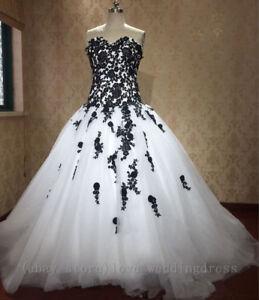 Plus6 30w Gothic Black White Wedding Dresses Appliques Vintage