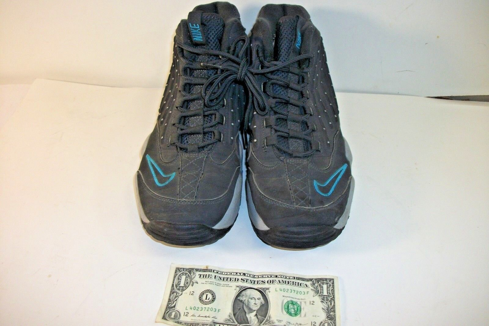 Nike Gray & Teal Sneakers / Basketball Shoes Size 11