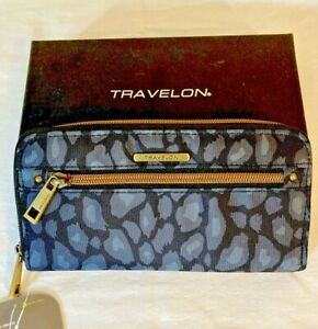 NWT-Travelon-Safe-ID-Wallet-amp-Wristlet-RFID-Blocking-Black-Gray-Animal-Print