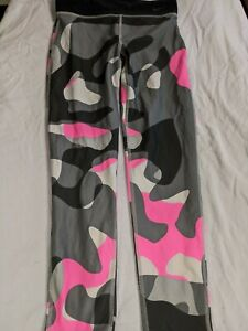 Size XX-Large Essentials   Girls/' 3-Pack Legging, Camo//Pink//Blue