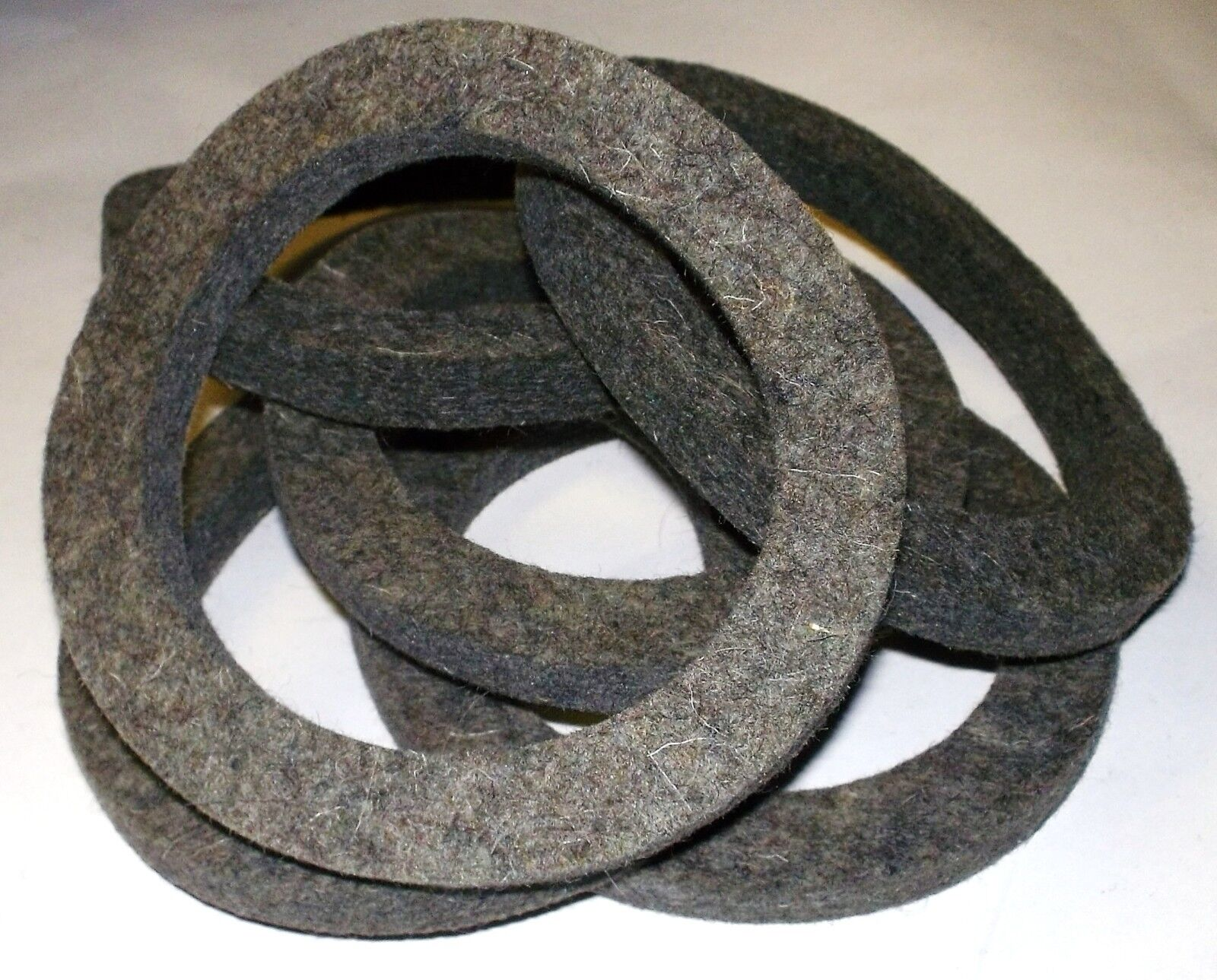 Forklift parts accessories heavy equipment parts accs 421538 manitou felt washer set of six fandeluxe Choice Image