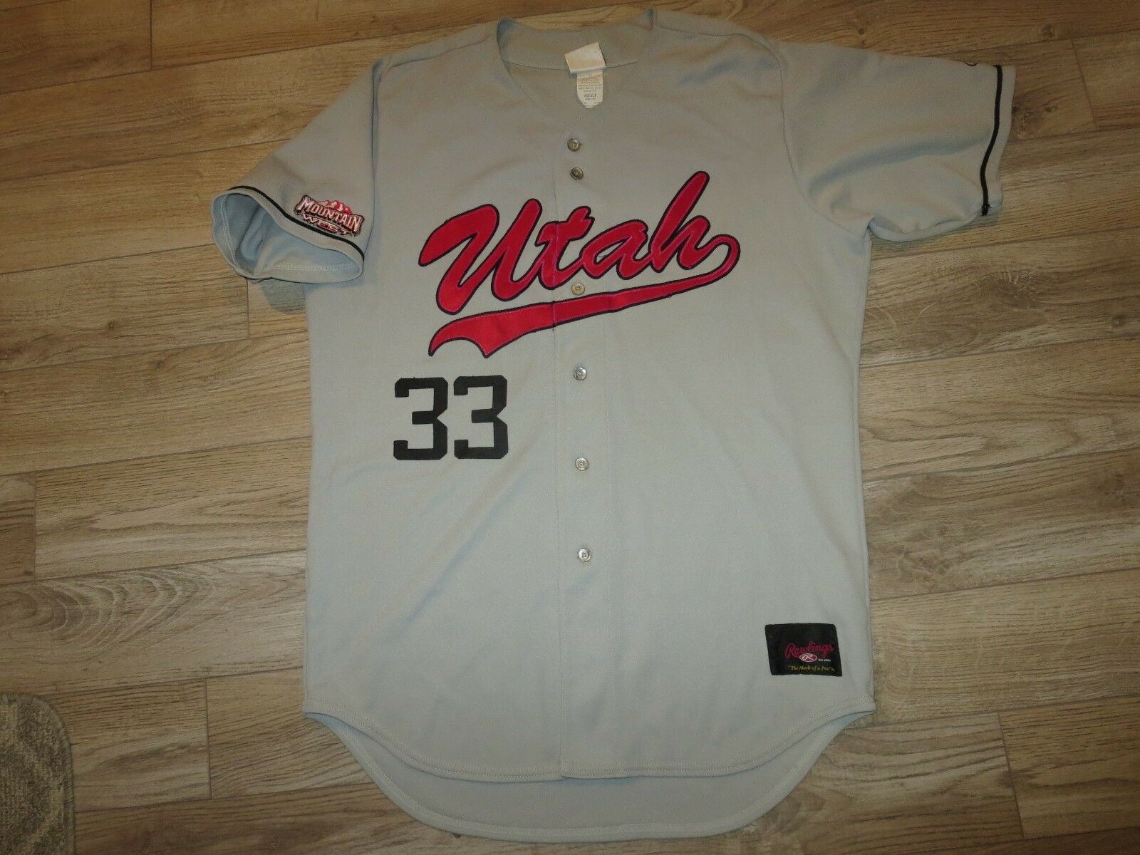 Utah Utes  33 Béisbol Team Montaña West Juego Worn Usado Rawlings Camiseta 44