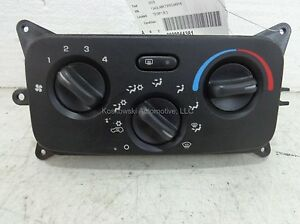 Jeep-Liberty-Dash-Heater-Control-Panel-02-03-with-AC-55037533