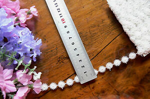 Guipure-Daisy-Lace-OFF-WHITE-12mm-wide-4-Metre-Lengths-L2921-Green-Tara-LLD1
