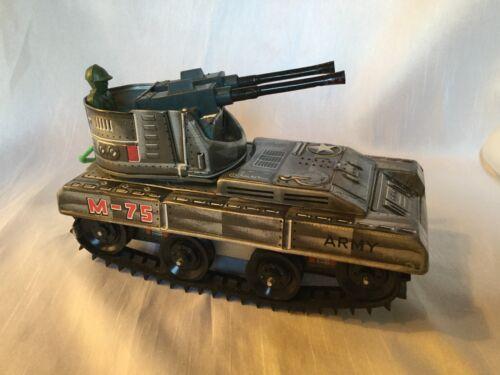Blechspielzeug Spielzeug Blechspielzeug Militär Kanonen Kovolut Acht Stück