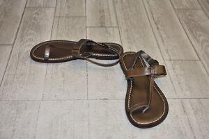 2719e4ba6ae Image is loading Bernardo-Maverick-Sandals-Women-039-s-size-7-