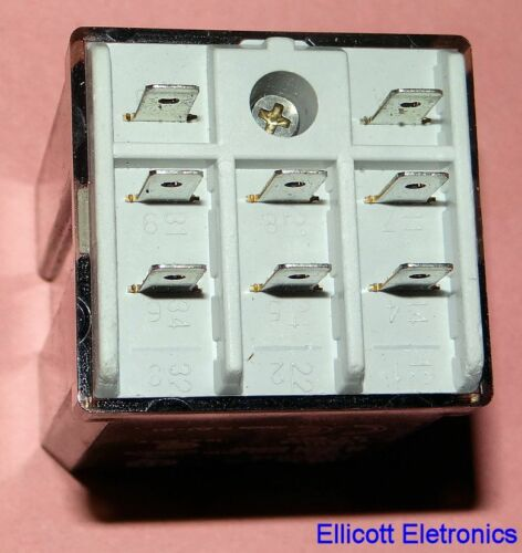 3PST NO 24V Coil 16Amp Finder Series 62 Power Relay Plug-In 62.33.9.024.0300 NOS