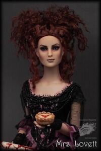 **Mrs. Lovett from Sweeney Todd** OOAK Costumed Tonner Repaint by Lisa Gates