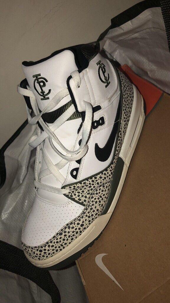 Nike Air Assault High Top Basketball shoes 315059-001 2006 Size 12