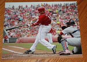 Joey-Votto-Cincinnati-Reds-unsigned-color-photo-8x10-MLB