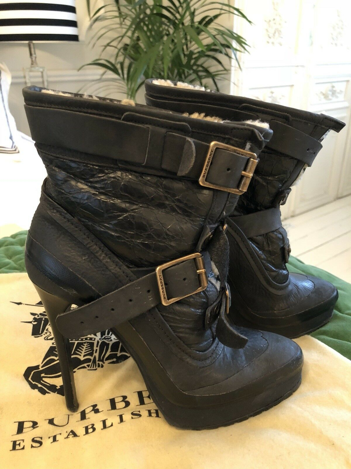 Burberry Prorsum Aviator Shearling-lined Ankle Boots UK 6, with box and dust bag