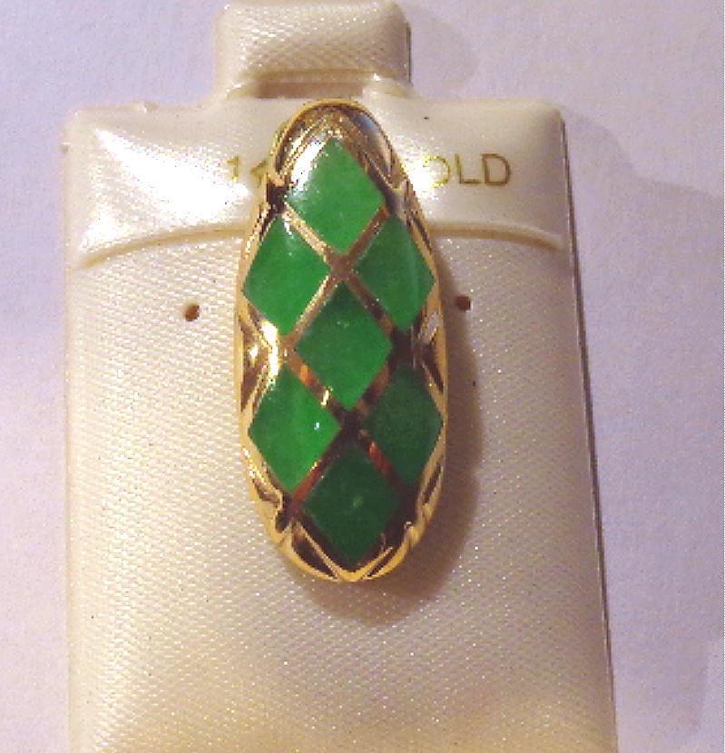 11MM 14K YELLOW gold DIAMOND-SHAPED INSERTED GREEN JADE TEARDROP SLIDE PENDANT