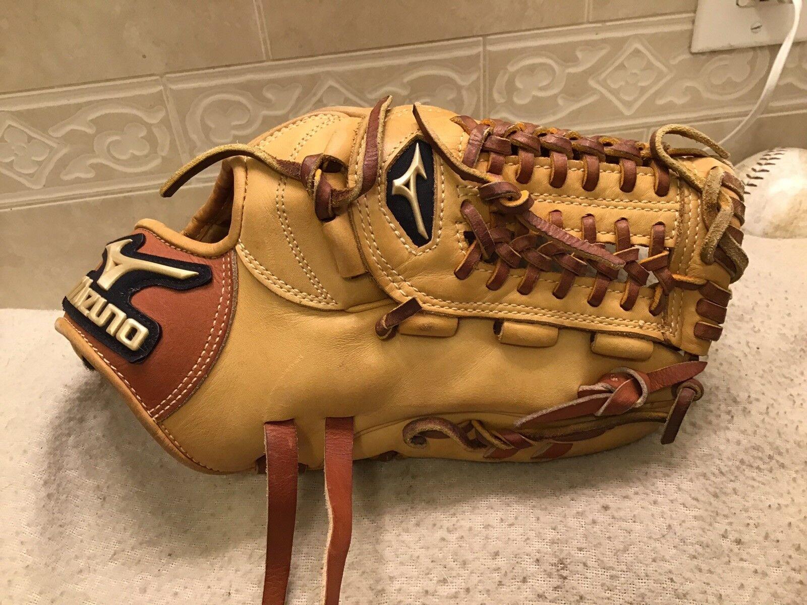 "Mizuno GGE-51 11.75"" Global Elite Baseball Third Base Mitt Right Hand Throw"