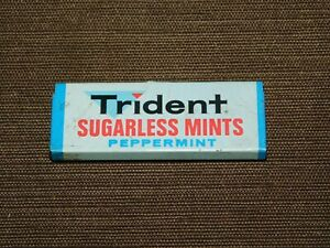 VINTAGE-2-1-4-034-LONG-TRIDENT-SUGARLESS-MINTS-PEPPERMINT-TIN-EMPTY