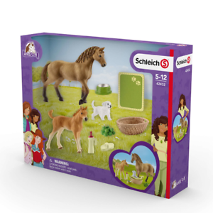SCHLEICH 42432 - Horse Club - Sarahs Tierbaby-Pflege