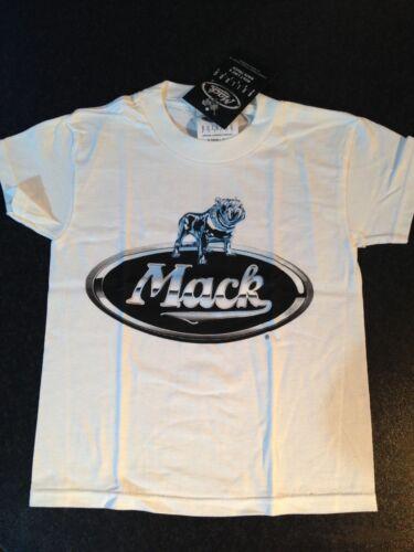 BNWT Boys Sz 10-12 Genuine Mack Cool White Bulldog Logo Short Sleeve Tee Top