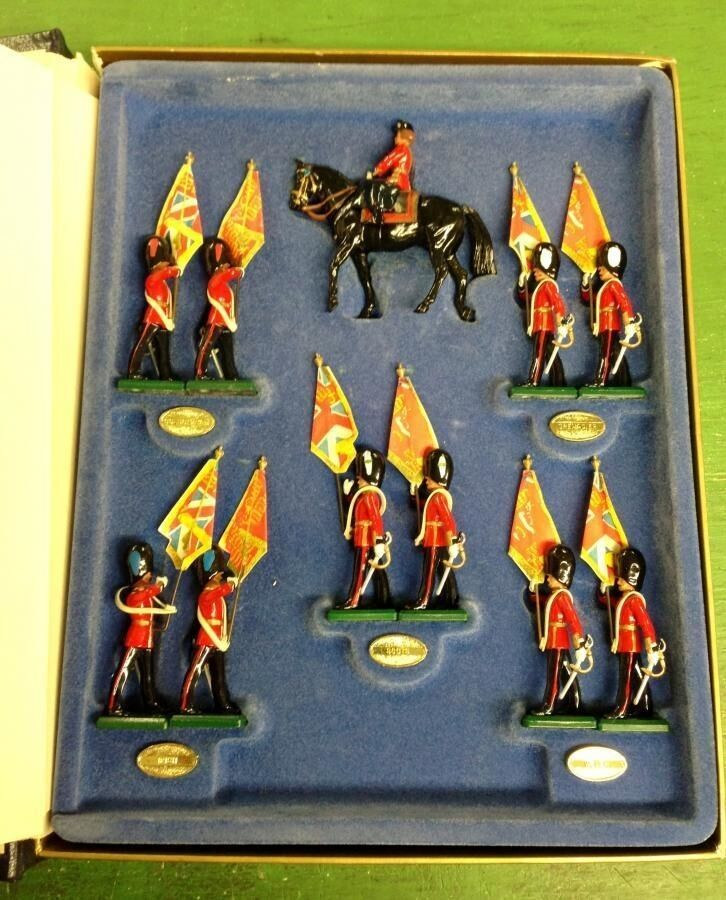 W W W Britain - Trooping the Colour Limited Edition Set OOP f4c356
