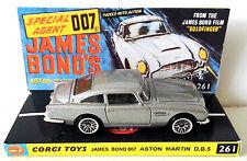 Corgi ASTON MARTIN DB5 James Bond 007 1:64 Scale Car on Custom 261 Repro Display