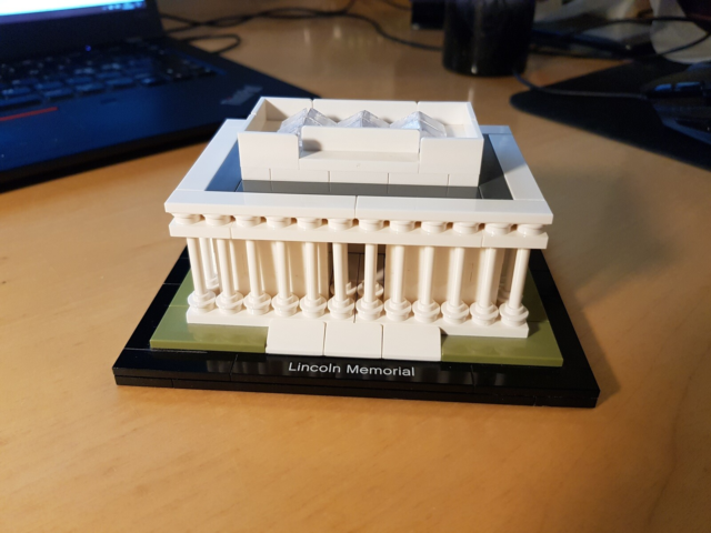 Lego Architecture, 21022 Lincoln Memorial, Perfect…