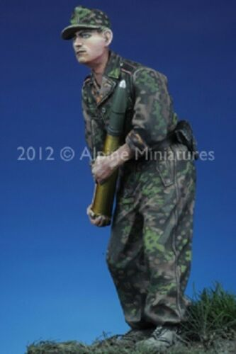 ALPINE MINIATURES 35134 WWII German Panzer Crewman Kursk #2 Resin Figur in 1:35