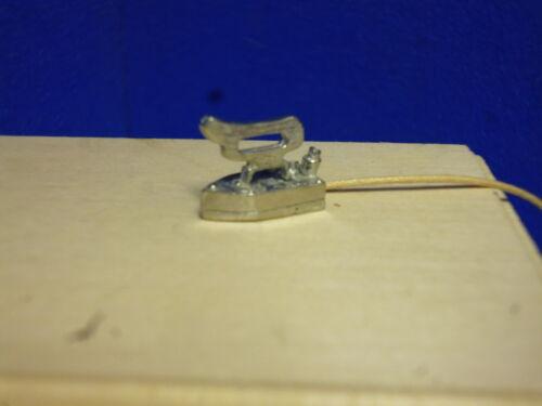 Dolls House Miniature  Electric Iron with flex (kit)     LC32U
