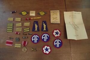 Details about Large LOT of WWII Army Patches , Pins, Medal , Etc