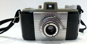 Vintage-Kodak-Pony-828-Camera