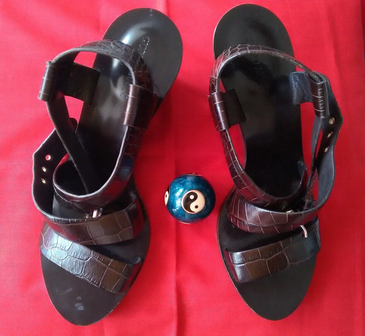 Giorgio Armani leather women sandals - size 5 5 5 2cdbd7