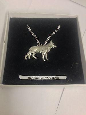 "German Shepherd PP-D09 Dog Emblem on Silver Platinum Plated Necklace 18"""