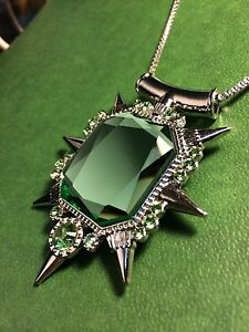 Once upon a time wicked witch zelena glinda necklace ebay once upon a time wicked witch zelena glinda aloadofball Image collections