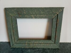 OLD-VINTAGE-ANTIQUE-PRIMITIVE-CHIPPY-PAINTED-GREEN-WOOD-FRAME-HOLDS-4X6-IN