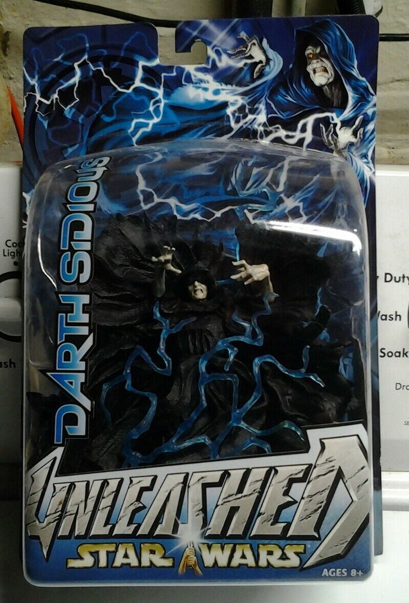 Star Wars: Unleashed > Darth Sidious Action Figure. New