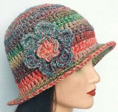CROCHET LADIES CLOCHE HAT festival hippy vintage cowl scarf gloves set mitten 45